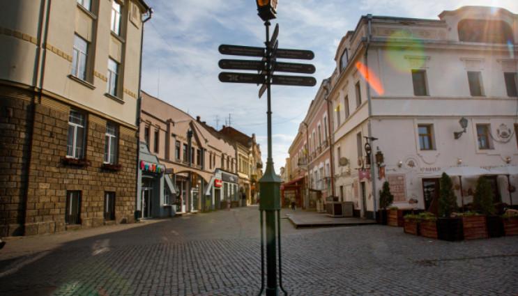 В Ужгороді, на Київській набережній з'явиться мініскульптурка з аудіогідом.