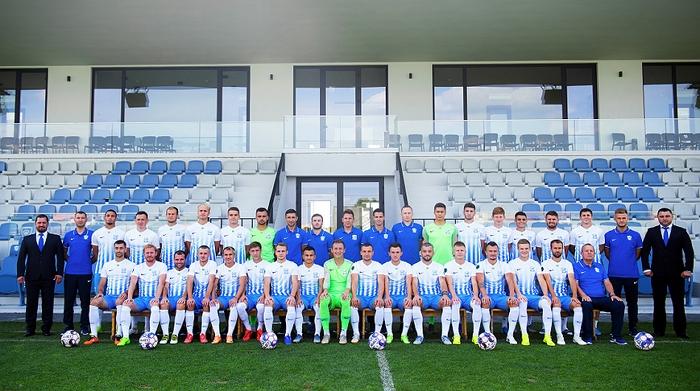 А загалом заявку на отримання атестата для участі в українській Прем'єр-лізі подали сім клубів Першої ліги.
