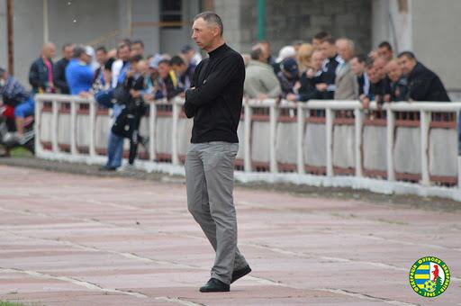 Йдеться про тренера Івана Івановича Білака із ВИноградова.