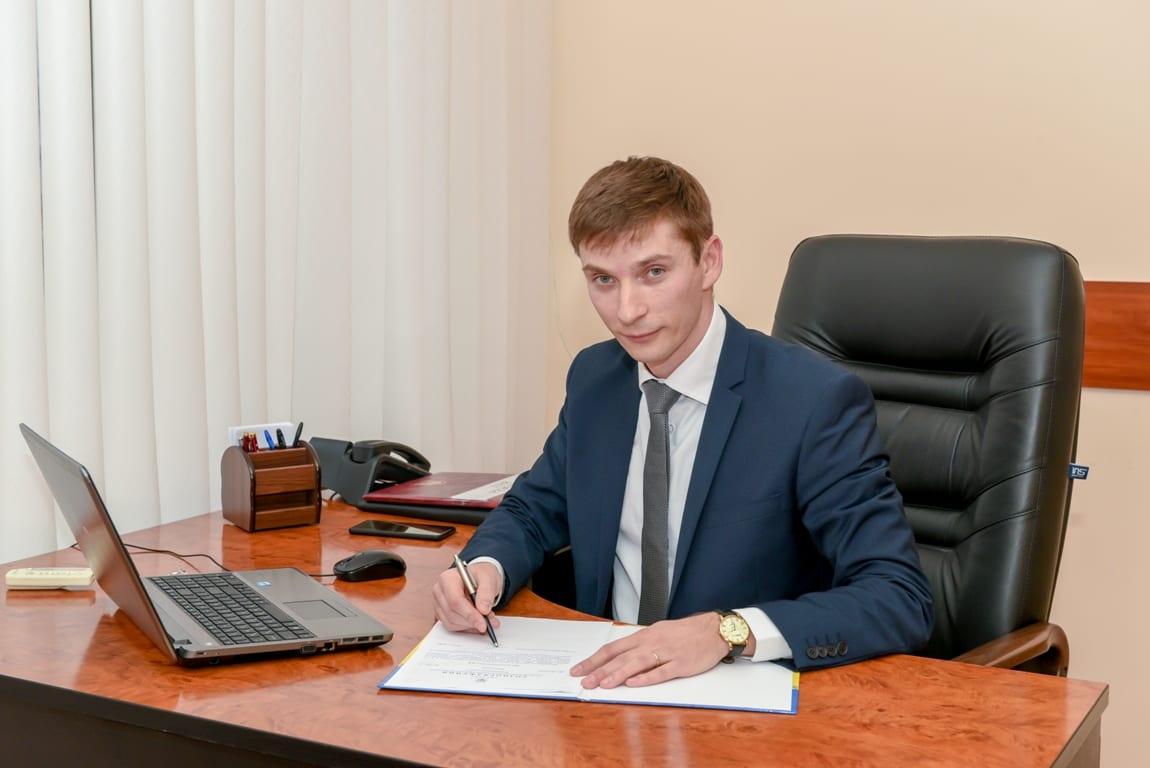 Василь Кіш просить надати можливість регіональним та районним комісіям з питань ТЕБ і НС приймати рішення про обмеження в торгівлі непродовольчою групою товарів та наданням послуг.