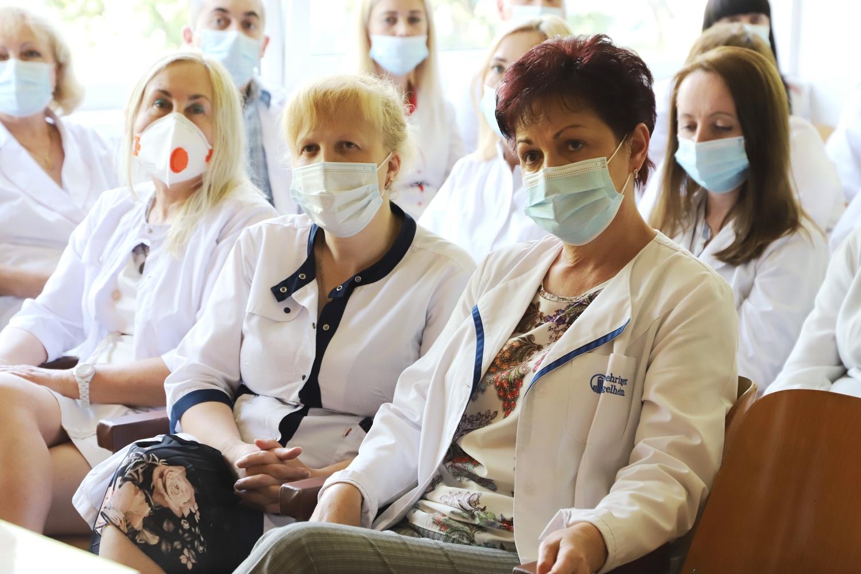 У неділю, 20 червня, професійне свято людей, які щодня мають справу з тим, що в усі часи цінувалося найдорожче – здоров'ям.
