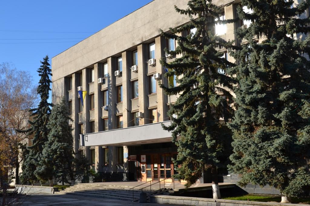 На сесію Ужгородської міської ради винесений проєкт рішення, яким пропонується змінити керівника виконавчого комітету.
