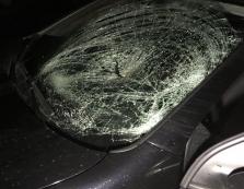 В Закарпатті підліток за кермом авто наїхав на 2-х пішоходів