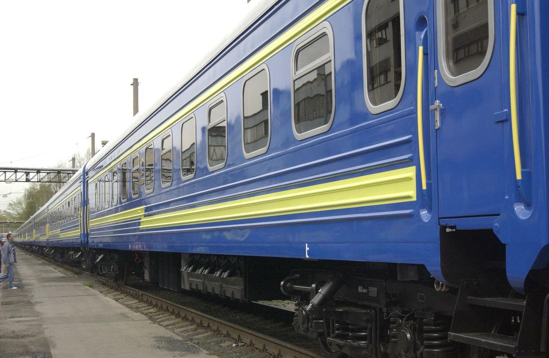 Проїхатися з Мукачева до Ужгорода на поїзді в півтори рази довше і вдвічі дорожче ніж на автобусі.