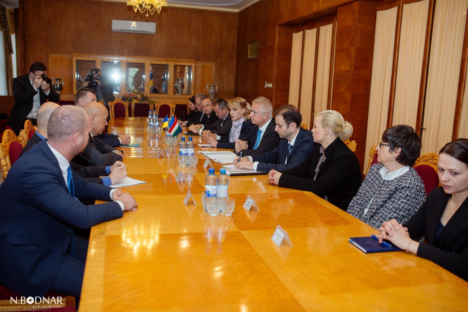 До Ужгорода з робочим візитом приїхав міністр юстиції Угорщини Ласло Трочані