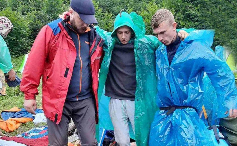 Упродовж доби закарпатські рятувальники двічі допомагали туристам в Карпатах.