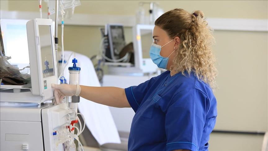 Від коронавірусної хвороби протягом доби  в Ужгороді померла одна людина, діагностовано одинадцять нових випадків, повідомили в міськраді.