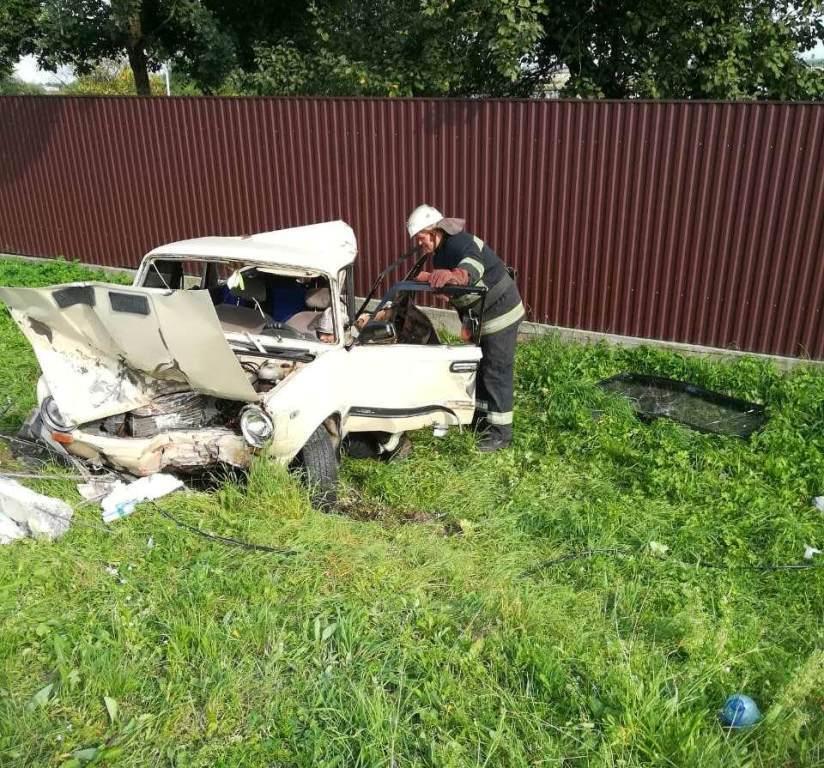 В с. Велике Колодно Кам'янка-Бузького району, на трасі Львів-Луцьк, відбулось зіткнення автомобіля «ВАЗ-2101» з великовантажним автомобілем «DAF», в результаті якого загинула 7-річна дівчинка.