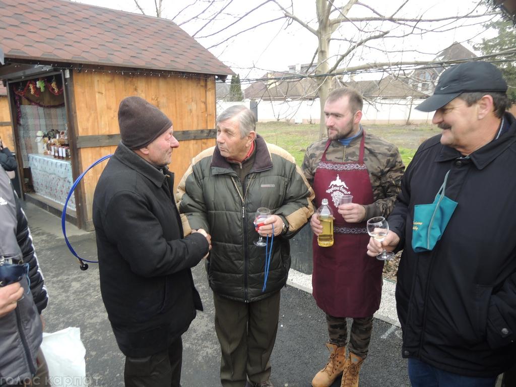 Лицарі Берегівського винного ордену ім. Святого Венцела відвідали фестиваль