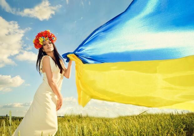 Ужгород яскраво відзначить 25 річницю із дня прийнятті Конституції.