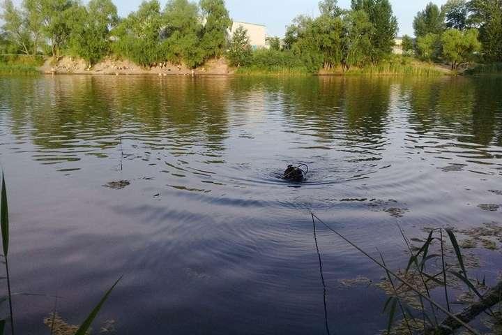 У каналі в селі Невицьке під Ужгородом виявили потопельника.