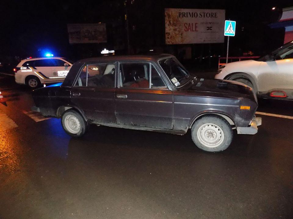 10 лютого, о 18:41 год., поліцейські Ужгорода отримали повідомлення про автомобільну аварію на вулиці Собранецькій