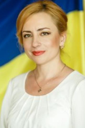 На зборах суддів Господарського суду Закарпатської області 25 березня головою суду обрано суддю Ремецькі Оксану Федорівну.