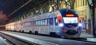 Укрзалізниця 1 липня відновила міжнародне залізничне сполучення зі Словаччиною.