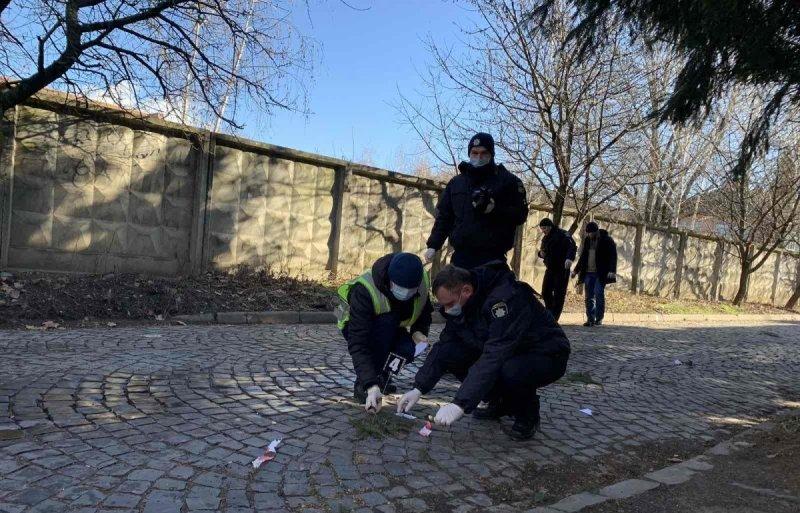 7 лютого, о 09:50 до поліції надійшло повідомлення про стрілянину на вулиці Сєченова.