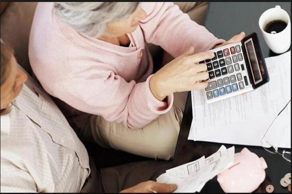 Закарпатцям виплатили затримані в липні пенсії