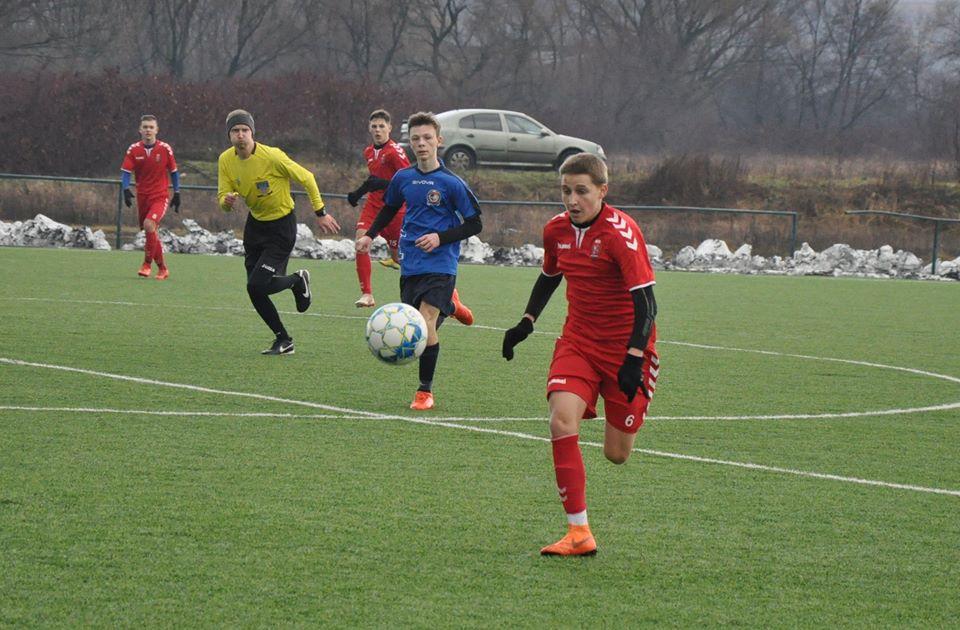У суботу, 22-го лютого, відбулися перші матчі 1/4 фіналу щорічного Зимового Кубку ДЮФЛУ серед вікової категорії U-16.