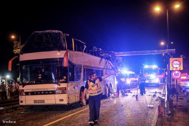 27 поранених: в Будапешті потрапив у ДТП автобус з українськими туристами (ФОТО)