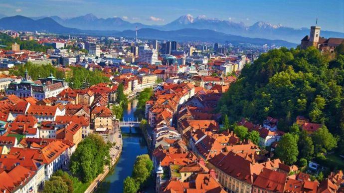 Уряд Словенії офіційно оголосив про завершення епідемії коронавірусу на території країни, ставши першою європейською країною, яка зробила це.