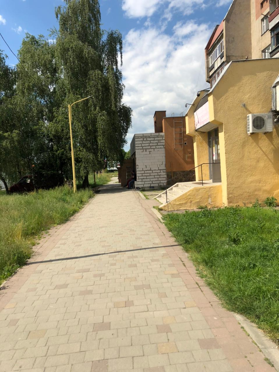 На вулиці Тиводара Легоцького, 3 в Ужгороді виявили самовільне будівництво