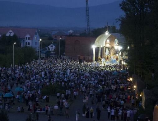 У Джублику на Іршавщині відсвяткували 15-річчя об'яви Пресвятої родини