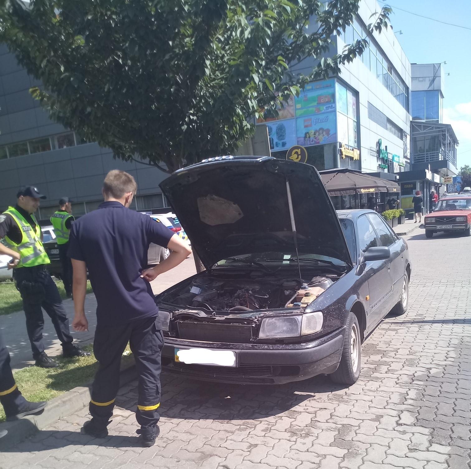 Инцидент случился возле ТЦ