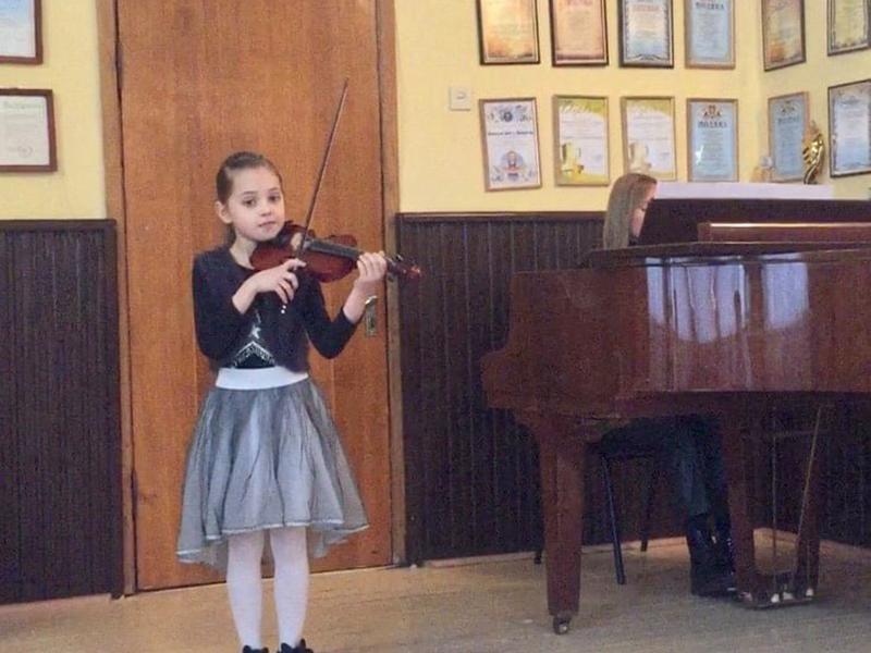 Юна дівчинка виграла в конкурсі «Talents of the 21st century».
