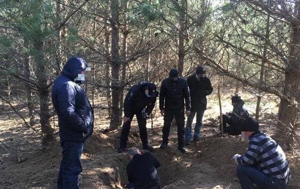 Тіло раптово зниклого свідка у справі про незаконне вирубування 62 дерев знайшли тільки через місяць.