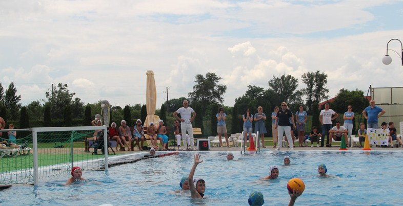 Протягом п'яти днів, 5–9 червня, в обласному центрі Закарпаття проходить фінальний тур чемпіонату України з водного поло серед юнаків 2007 р.н. та молодших.