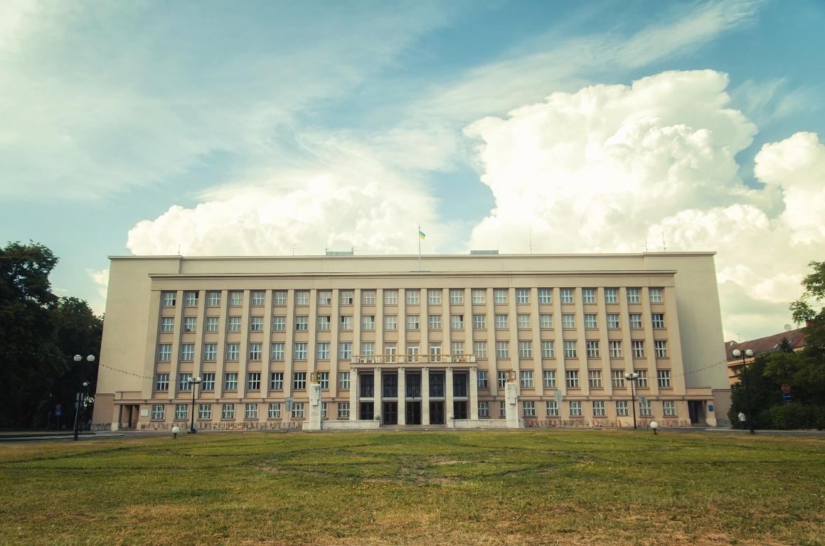 Закарпатський політолог: 5 епох закарпатської політики