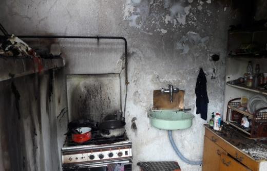 Пожежа сталась вчора, 28 квітня близько 15:40 години на вул. Ілони Зріні у с. Тисобекень, що на Виноградівщині.