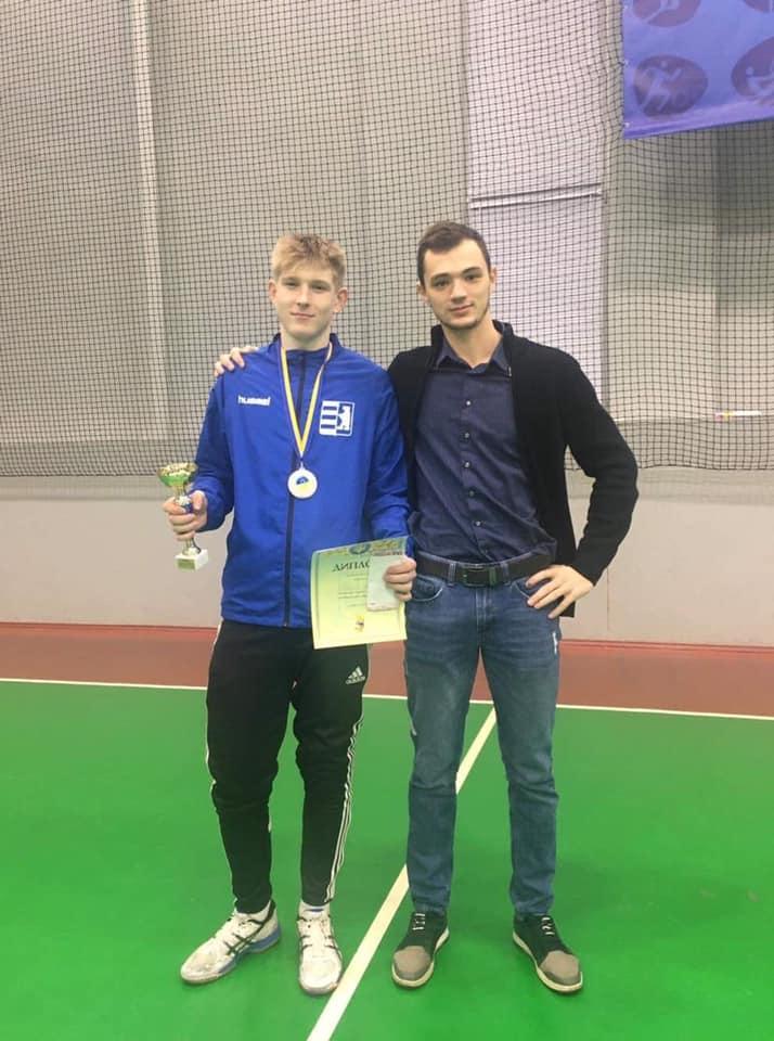 Закарпатські рапіристи привезли дві медалі з Чемпіонату України.
