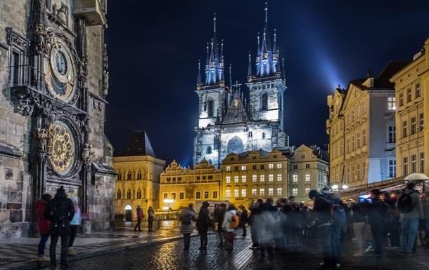 З понеділка в Чехії дозволено буде проведення культурних і спортивних заходів під відкритим небом за участю до 700 глядачів.