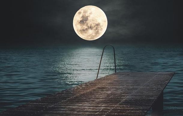Увечері 5 червня Місяць зануриться в півтінь Землі. Це затемнення називається