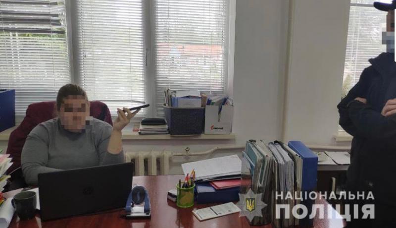 Незаконне вибуття із комунальної власності земель вартістю понад 15 млн грн – на Закарпатті підозрюють експосадовицю управління Держгеокадастру.
