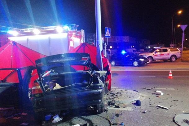 BMW розірвало на частини: троє українців стали жертвами дорожньої аварії в Польщі (ФОТО)