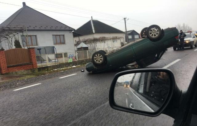 Аварія відбулась на в`їзді село Широке.