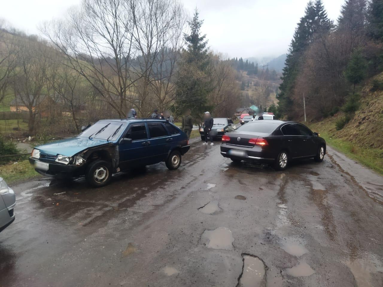 Нетверезих водіїв виявили в селах Торунь та Колочава.