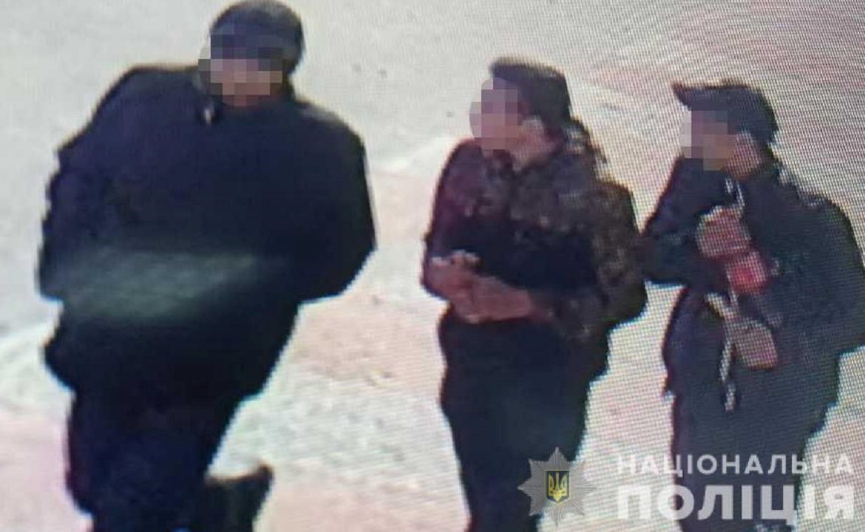 До поліції надійшло повідомлення від 29-річного мешканця Ужгорода.