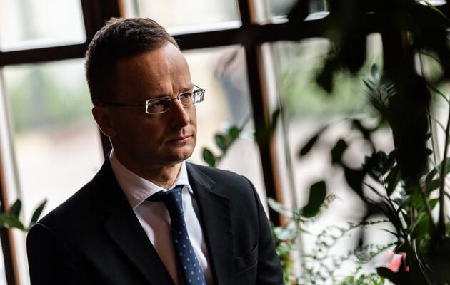 Петер Сийярто пожаловался, что Украина нарушает многие соглашения с национальными меньшинствами.