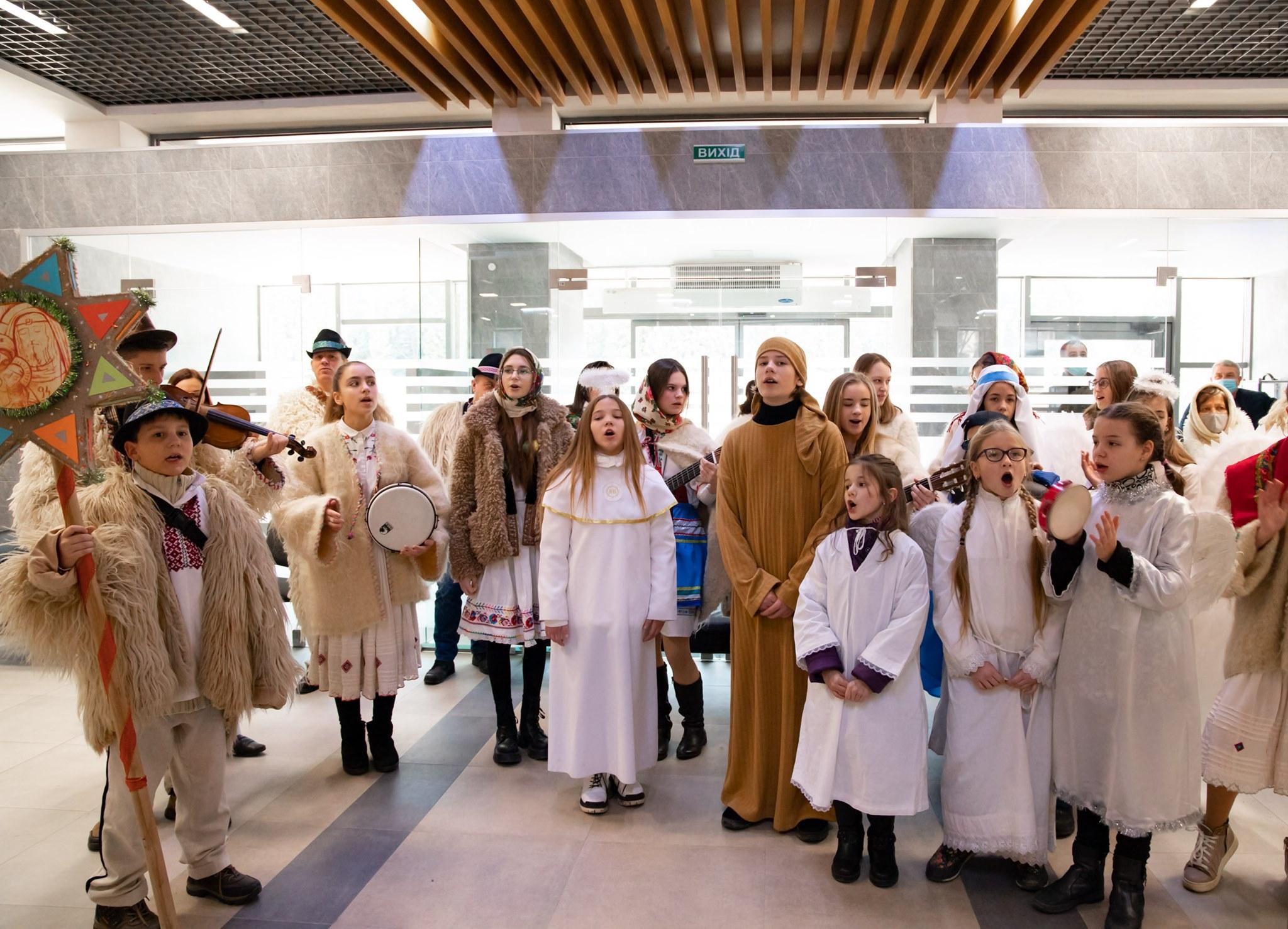 Традиційну різдвяну акцію «Сімейна коляда» проводять уже котрий рік поспіль.