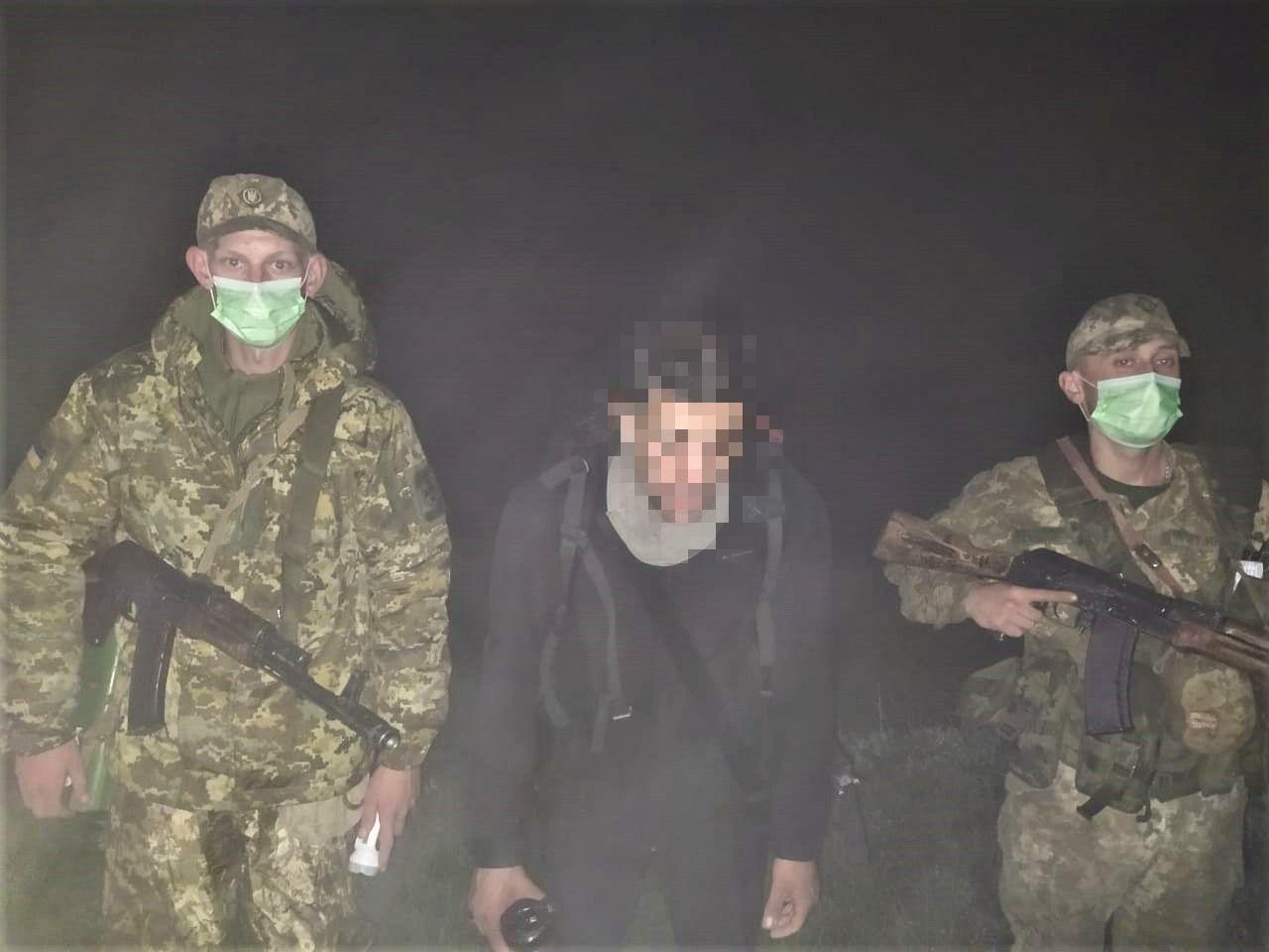 Кіпріота, який блукав поблизу українсько-румунського кордону, затримали учора ввечері військовослужбовці Мукачівського прикордонного загону.
