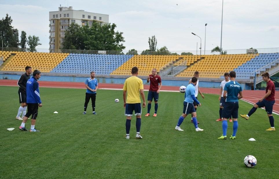 Уже другий тиждень ФК «Ужгород» готується у режимі дворазових тренувань.