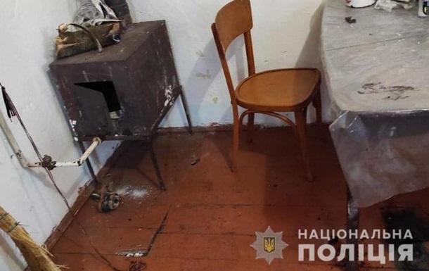 На Львівщині сталася трагедія. Маленький хлопчик без нагляду дорослих грав із сірниками, підпалив свій одяг і загинув.