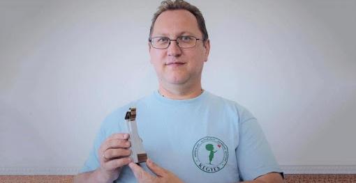 Уперше за роки існування премії «Доброї волі» (Jószolgálat-díj) її отримав активіст закордонної угорської громади.