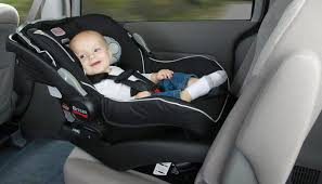 Протягом попереднього тижня закарпатські патрульні зафіксували 48 порушень перевезення дітей без автокрісел чи бустерів