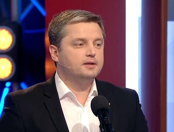 Про це у своєму Телеграм-каналі повідомив ужгородський журналіст Віталій Глагола.