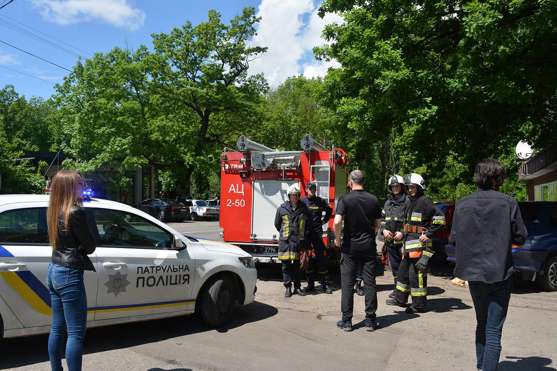19 травня, в рамках проведення Тижня безпеки дорожнього руху в Україні, ужгородські рятувальники спільно з працівниками патрульної поліції ініціювали проведення операції «Маячок».