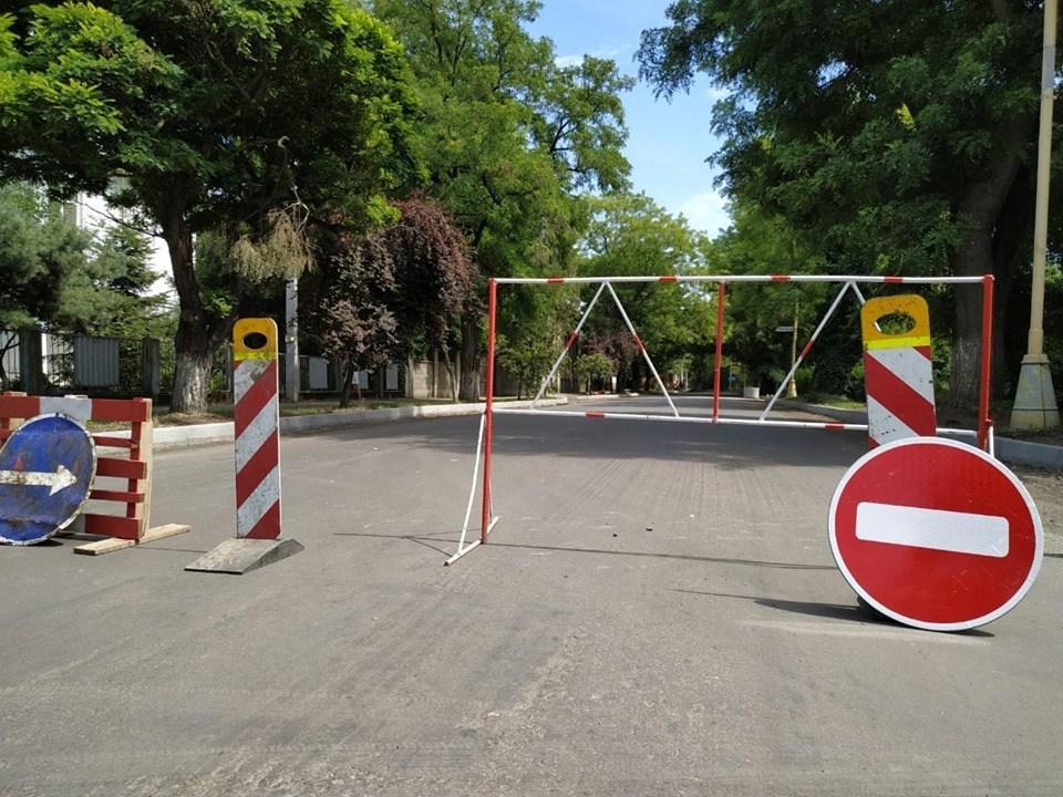 13 липня,  у рамках капітального ремонту вулиці Собранецької в Ужгороді, облаштовують зливову каналізаційну мережу.