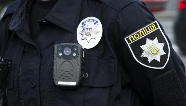 Ним виявився 20-річний мешканець Мукачева,  його спільника поліція розшукує.